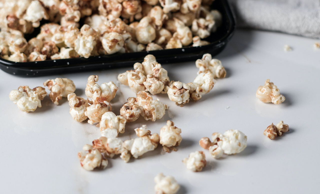Sweet   salty popcorn easy resize.com
