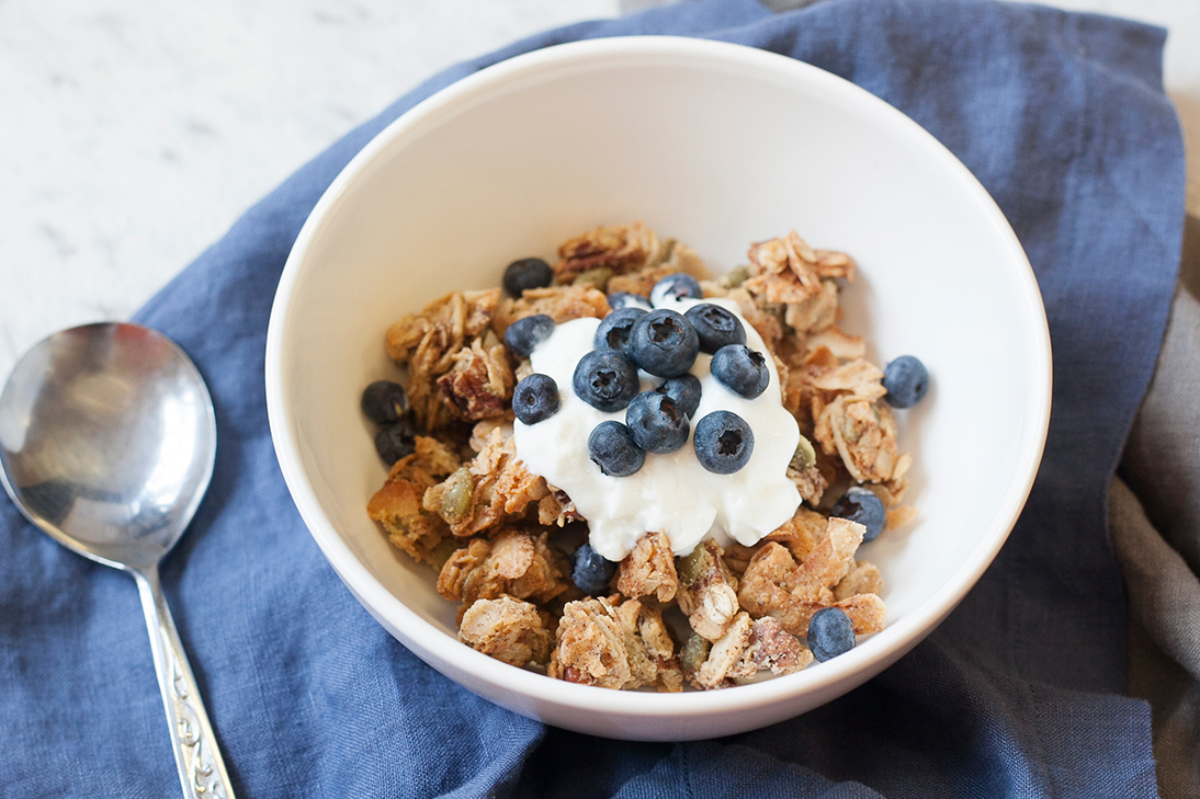 Tahini granola with yoghurt